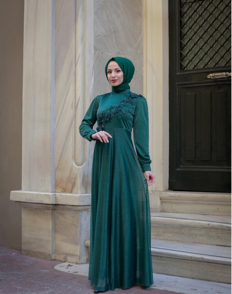Abiye Elbise Tül Detaylı zümrüt